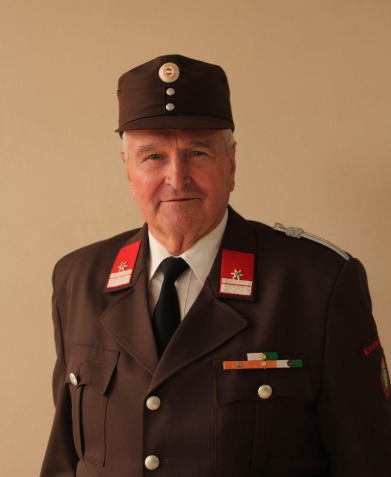 Ehrenfried Kurt